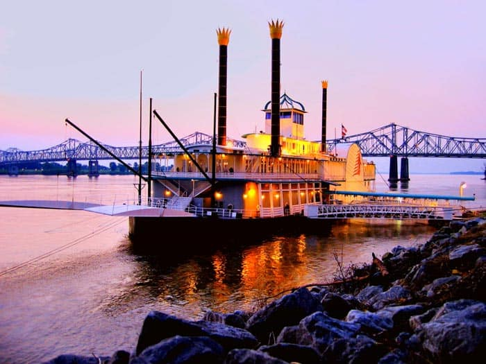 A riverboat cruise is a beautiful way to experience see the Mississippi River, the New Orleans skyline, while often enjoying buffets and live Jazz music.