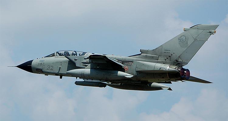 Aereo Da Caccia Tornado : ° stormo i tornado ids dell aeronautica militare