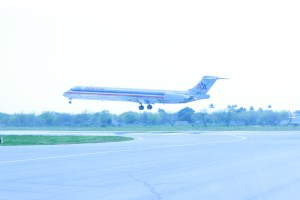 I know this is an American MD-80 but that is about where my knowledge ends.