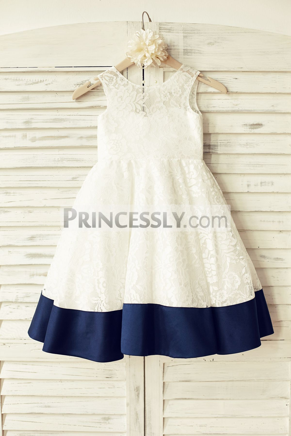 Masterly Ivory Floral Lace Deep V Back Big Bow Flower Girl Dress Sleeveless Deep V Back Ivory Lace Flower Girl Dress Navy Blue Ivory Flower Girl Dresses Etsy Ivory Flower Girl Dresses Uk wedding dress Ivory Flower Girl Dresses