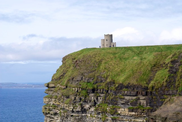 Lookout cliffs of moher