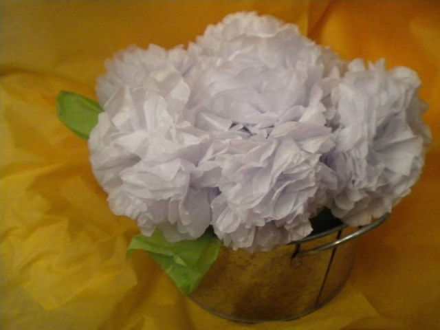 Make Mom a Tissue Paper Flower Arrangement - A Well Crafted Party