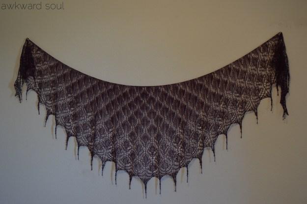 awkward soul - morticia shawl (8)