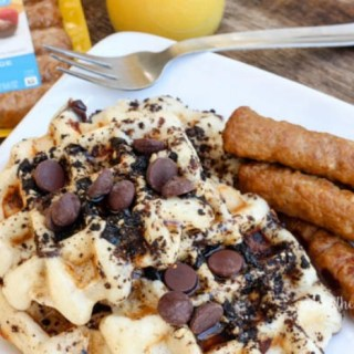 Get breakfast on the table within 10 minutes with our easy waffle recipe! - Oatmeal Buttermilk Waffles with Crushed Oreos & Marcona Almonds