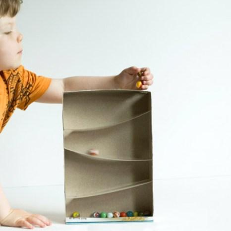 10 idee fai da te con scatole di cartone babygreen for Costo per costruire un garage per 2 persone