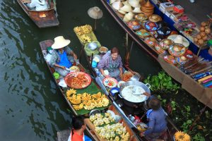 Asian market boat 300x200 Tips to Get Your Barter On; Haggling Abroad