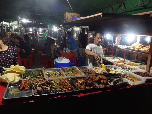My favourite place to get dinner at the night market (Gili T, Indonesia, 2016).