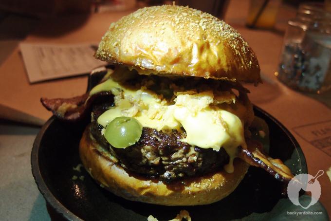 ISB: International Stüssy Burger