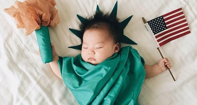 The Star of Cosplay when she Sleeps (45 Photos)