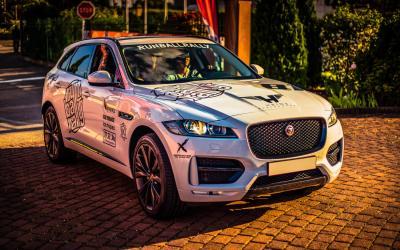 Jaguar F-Pace (2016) 4
