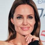 Africa: Angelina Jolie dirigerà un film sul traffico d'avorio