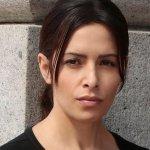 La CBS ha scelto Sarah Shahi per interpretare Nancy Drew!