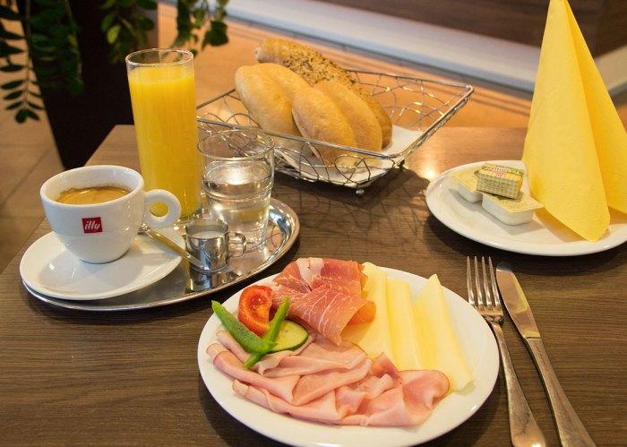 cafe_baeckerei_putz_sinabelkirchen_fruehstueck2