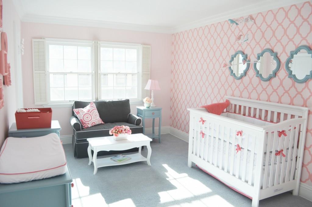 Quarto de bebê Rosa e clássico Bagagem de MãeBagagem de Mãe ~ Quarto Rosa E Azul Tiffany