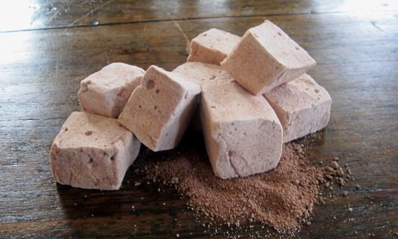 Homemade Chocolate Malt Marshmallows
