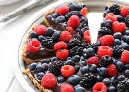 Chocolate Berry Tart (GF, Paleo, Vegan)