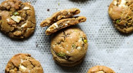 Pistachio White Chocolate Chunk Cookies