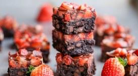 Chocolate Covered Strawberry Brownies (GF + Paleo)