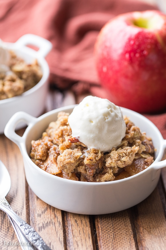 This Oatmeal Cookie Apple Crisp has a simple spiced apple filling, topped with a super easy oatmeal cookie crumble topping! Serve it warm with vanilla ice cream for an outstanding quick dessert.