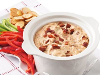 Betty Crocker Slow Cooker Bacon Cheeseburger Dip on BakeSpace.com