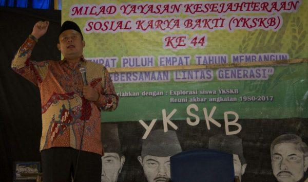 Sekretaris Fraksi PKB DPR RI Cucun Ahmad Syamsurial saat Milad ke-44 YKSKB, di Ponpes Nurul Huda Sukasari Desa Cibeureum Kec Kertasari Kab Bandung, Minggu (7/1/18). by pungkit