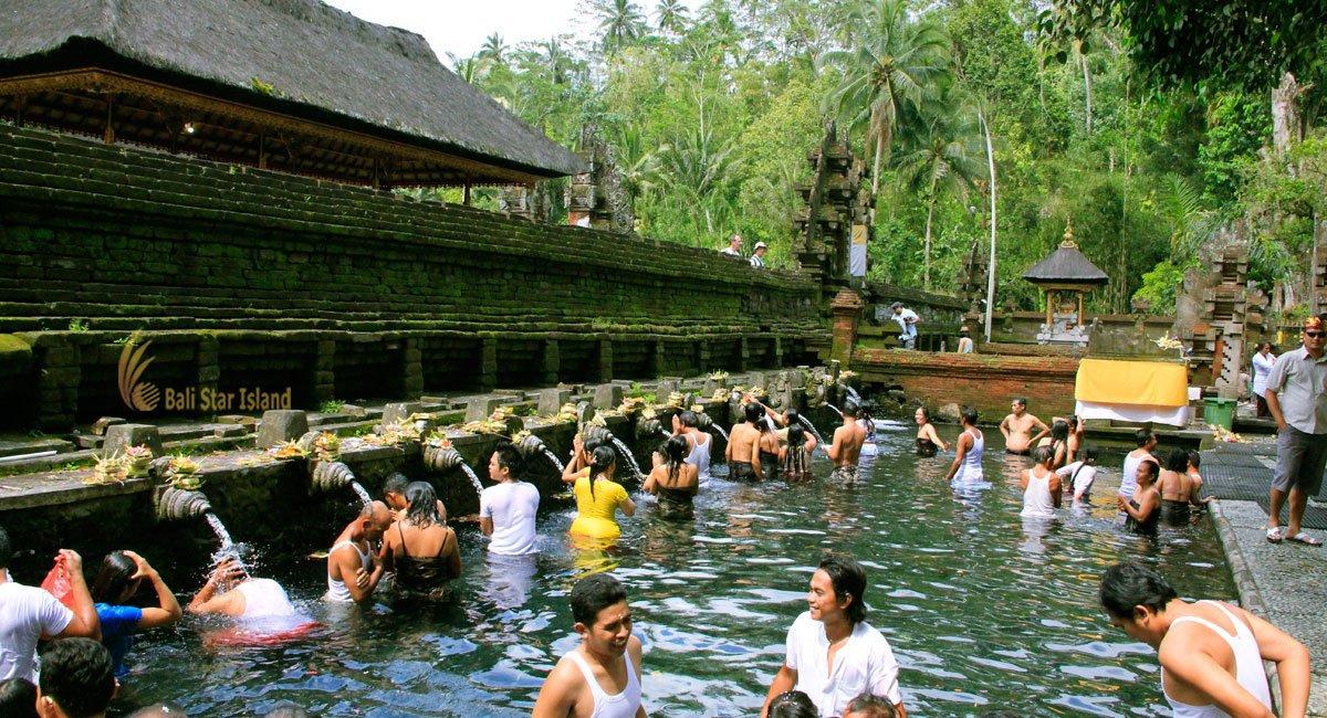 Tampak Siring | Bali Holy Spring Temple