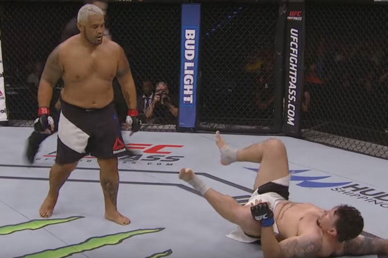 Mark Hunt KOs Frank Mir at UFC Brisbane