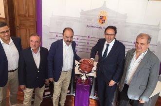Imagen de la presentación de la Copa. Foto FBCyL