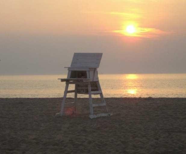 rehobeth:lifeguardstand