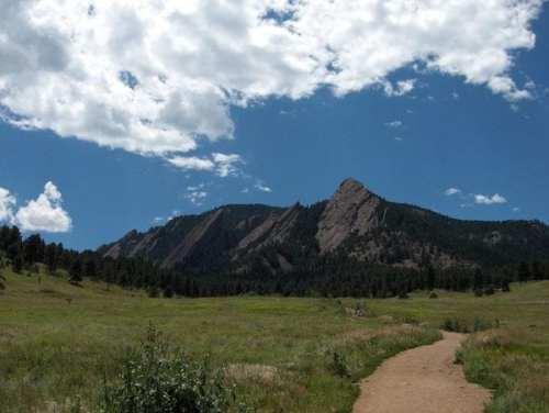 800px-Bouldercolorado