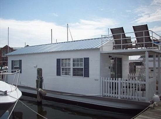 houseboat:exterior