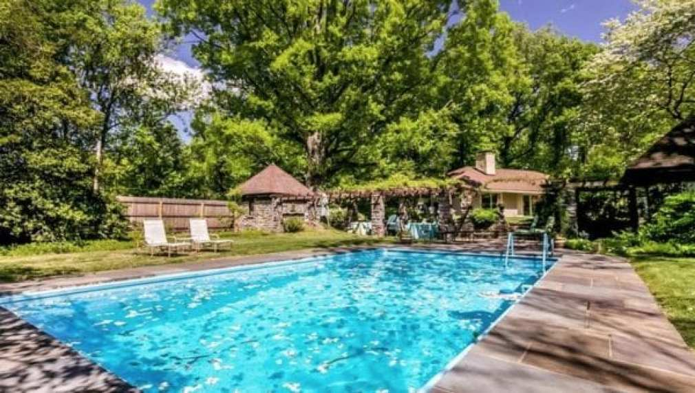 1020:pool