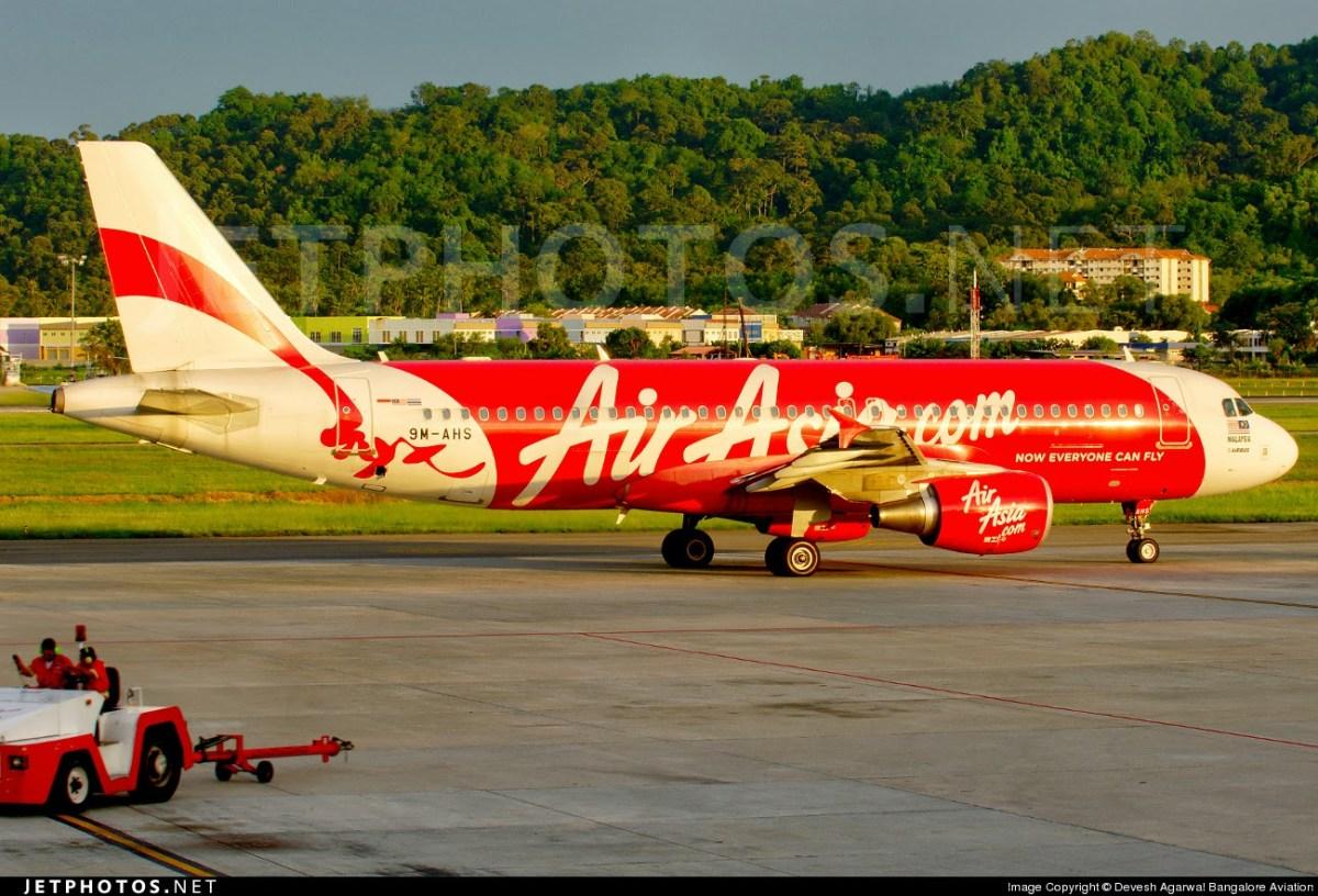 AirAsia flight from Surabaya to Singapore goes missing #QZ8501