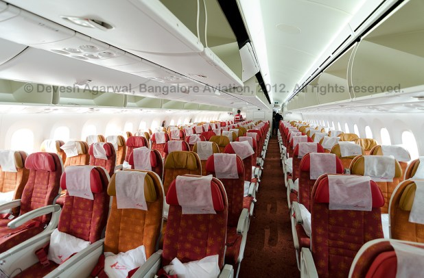 Air_India_Boeing_787-8_Dreamliner_VT-ANI_Economy_class_cabin_1024_WM