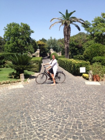 Countess Concierge Barbara Lessona Relais Chateau 30 min from Rome!