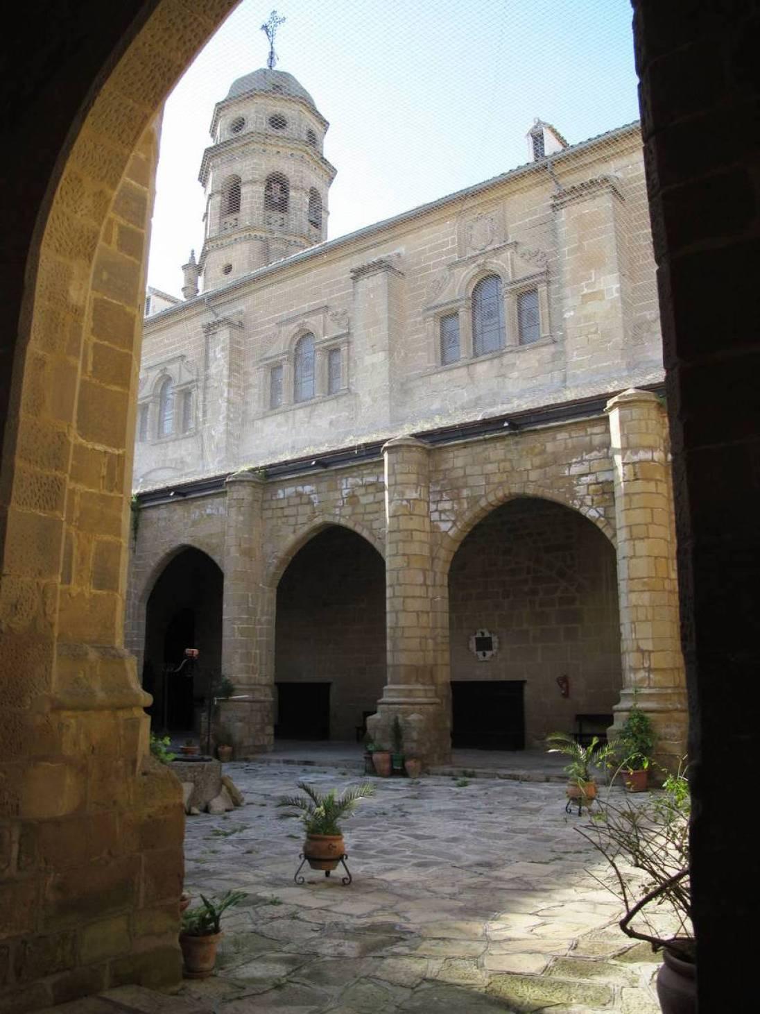 Claustro Catedral de Baeza