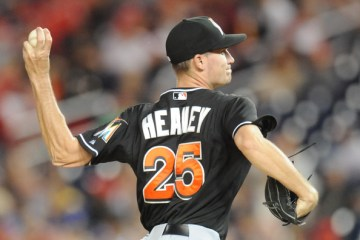 Andrew+Heaney+Miami+Marlins+v+Washington+Nationals+n-H_0dYoYzdl