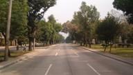 Brede lanen in Zona 10, autoloos door Semana Santa