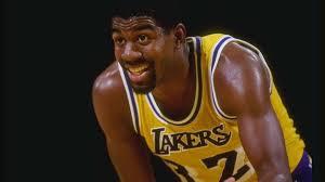 Un giovane Magic in maglia Lakers