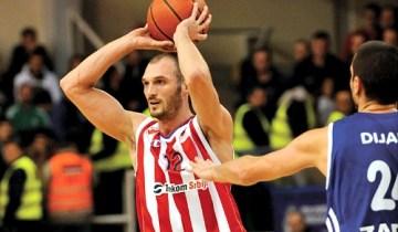 Grande prova si Simonovic che mette a segno ben 23 punti contro il Gala (courtside.com).