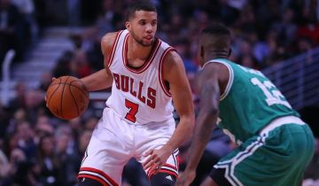 9636388-terry-rozier-michael-carter-williams-nba-boston-celtics-chicago-bulls-850x560