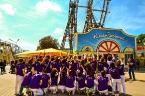 Vor dem Wiener Riesenrad