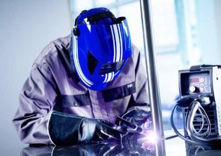 Schweißen von Stahlbauteilen