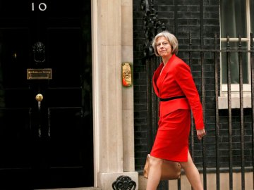 Theresa May arrives at 10 Downing Street as Britain's Prime Minister David Cameron begins to appoint his cabinet after securing a majority goverment, in central London, May 8, 2015. REUTERS/Phil Noble