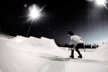 Video thumbnail for vimeo video Richie Eisler & Dustin Werbeski: One Minute One Spot - Be-Mag