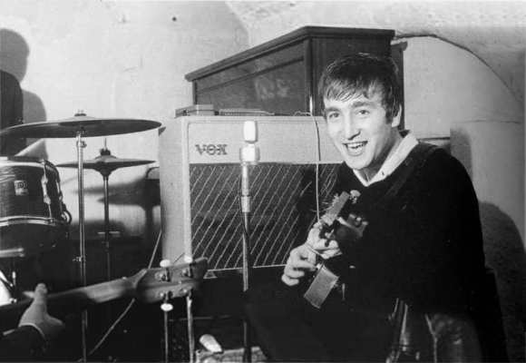 John Lennon, Cavern Club, Liverpool, 22 August 1962