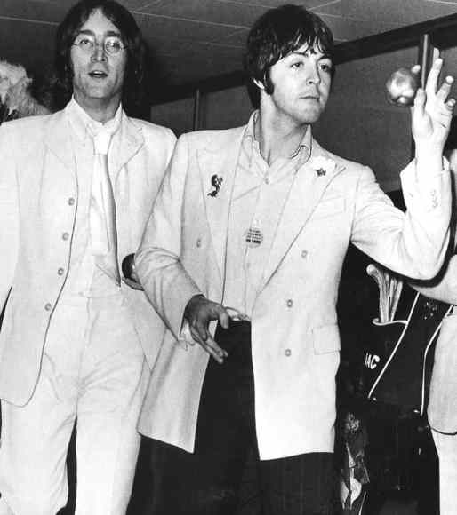 68_john-lennon-paul-mccartney_001