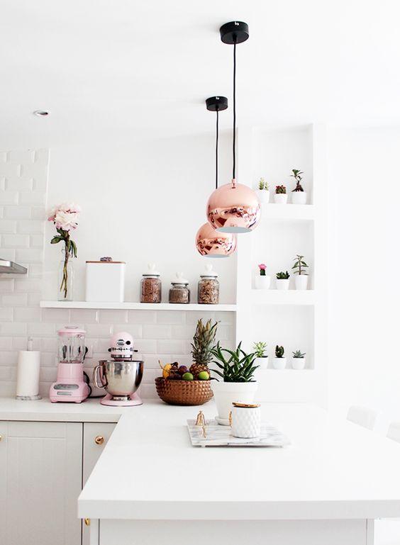 11 un tocco di rosa in casa