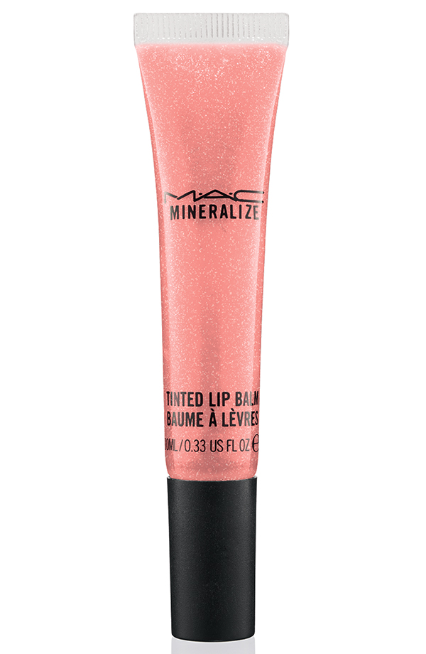 ApräsChic MineralizeTintedLipBalm StayWarm 72 Introducing MAC Après Chic Collection