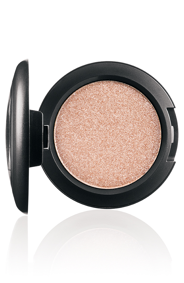 PressedPigments PressedPigment LightTouch 72 Introducing MAC Pressed Pigments Collection